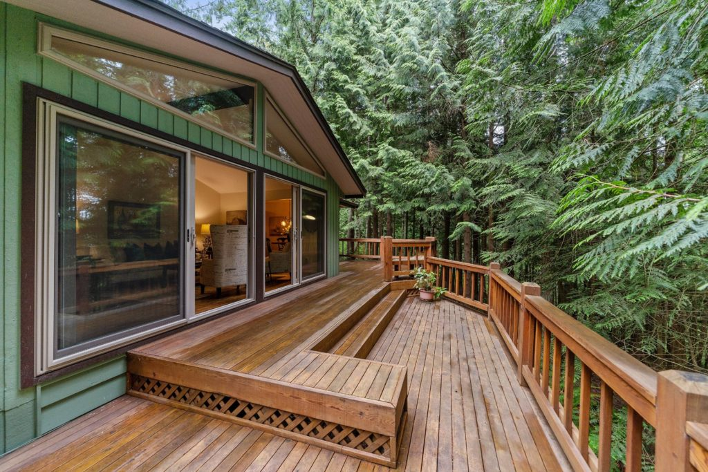 Tips for picking composite deck colour, Tips for picking composite deck colour Image